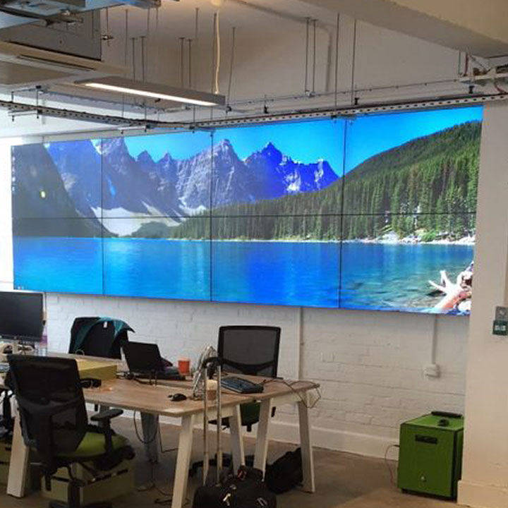 Video Wall Design adding curvature to the videowall can help optimize viewing angles Hello Fresh Video Wall
