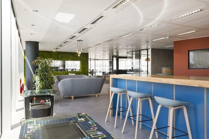 Meeting room AV solution