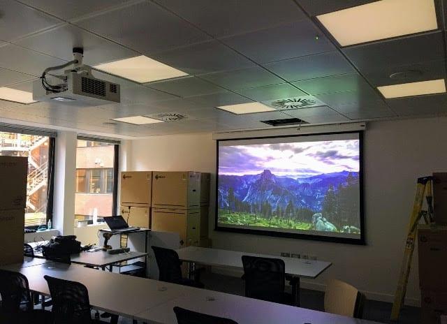 Classroom Projector Screen