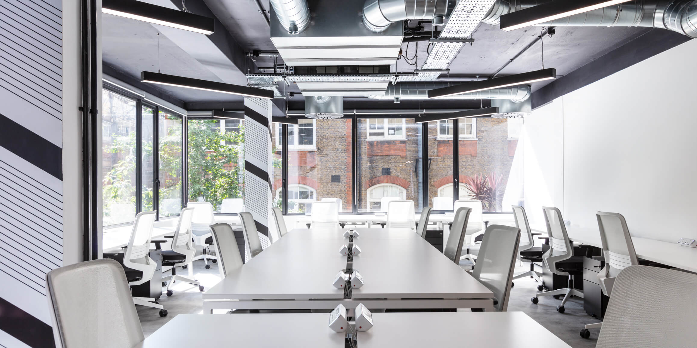 Meeting room audio visual solutions - Huckletree