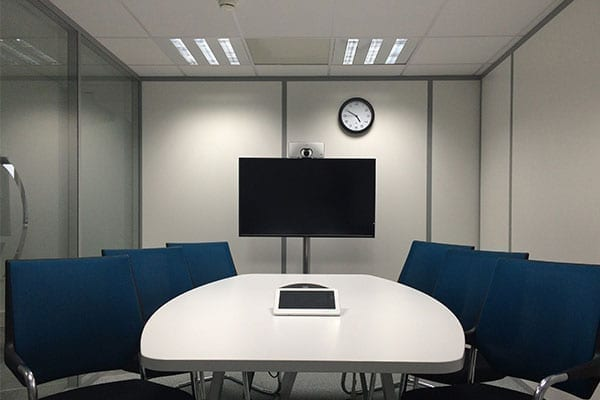 Zoom hardware for medium large room